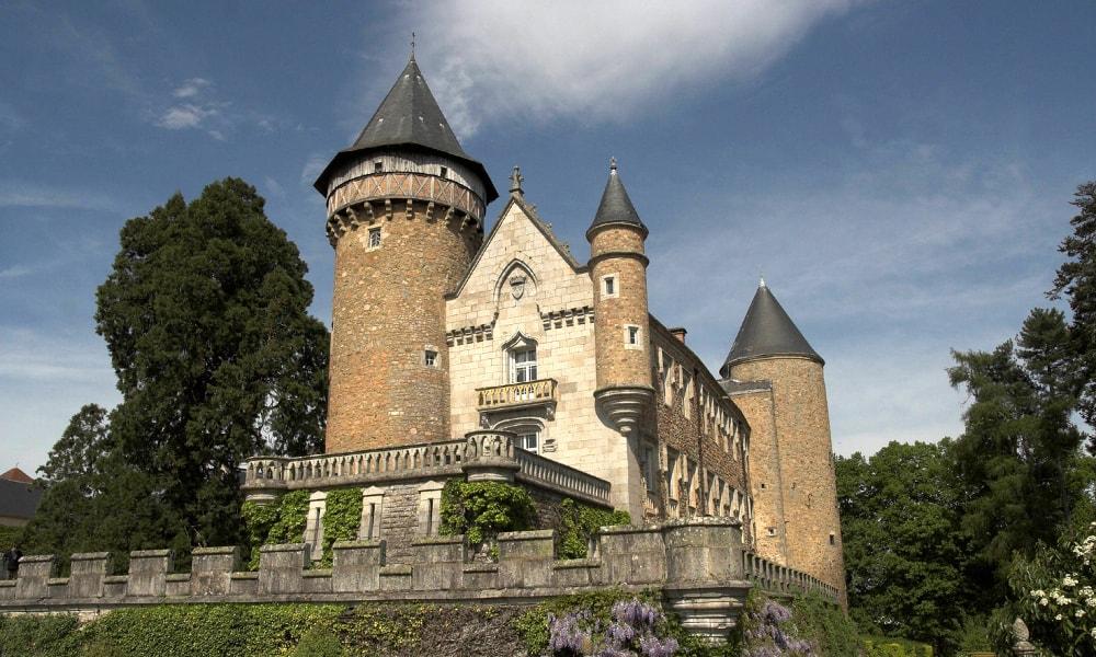 castle busset