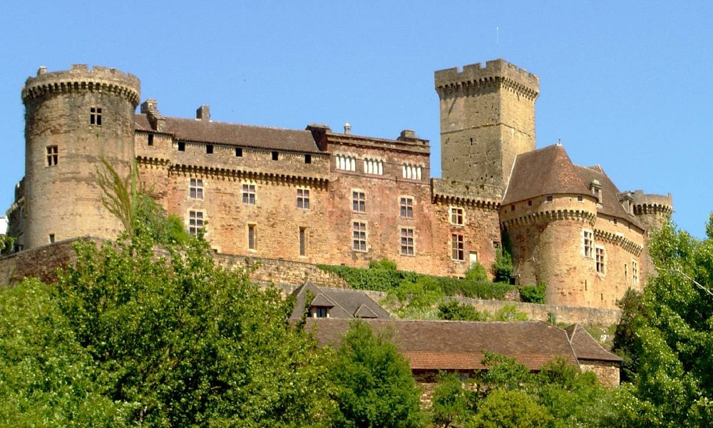castle of castelnau-bretenoux