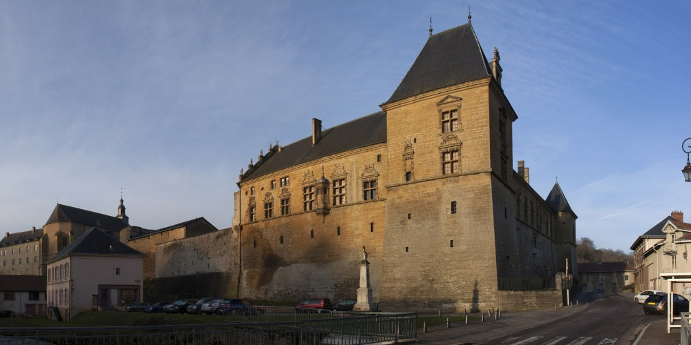 castle of cons-la-grandville