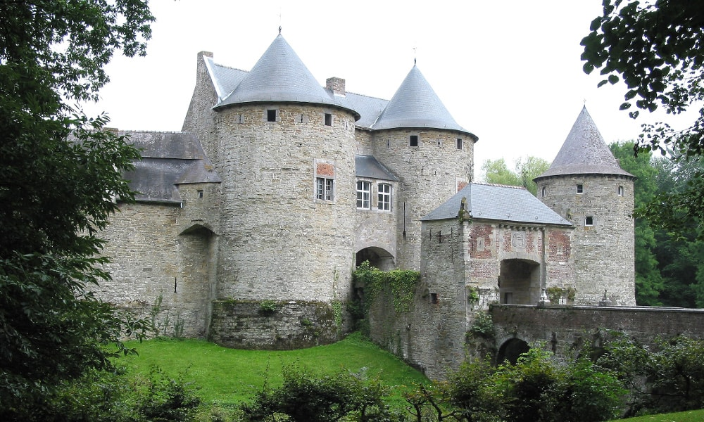 castle of corroy-le-chateau