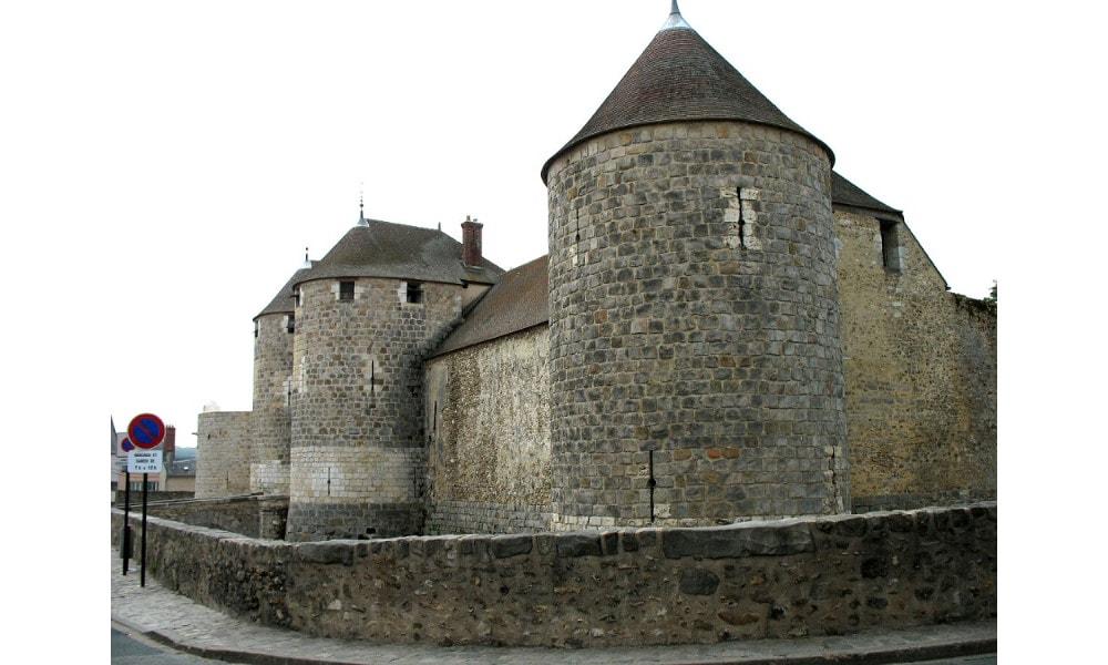 castle of dourdan