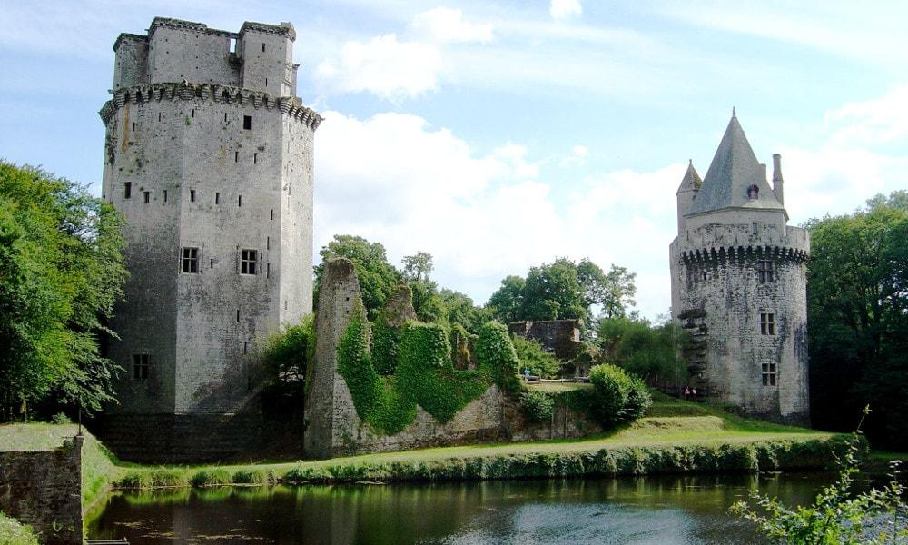 castle of largoet