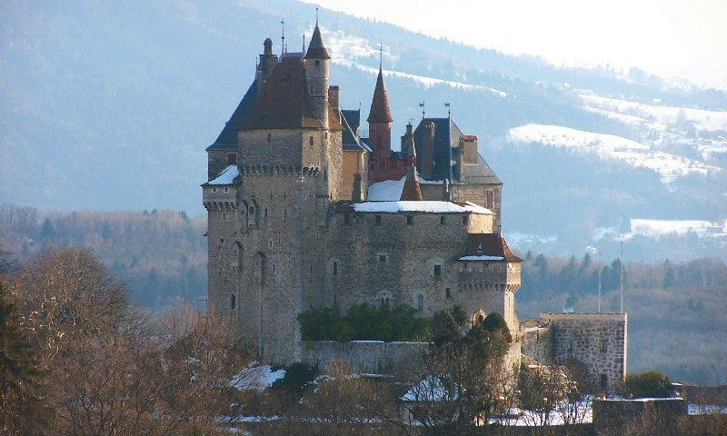 castle of menthon-saint-bernard