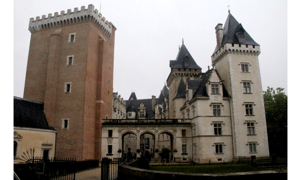 castle of pau