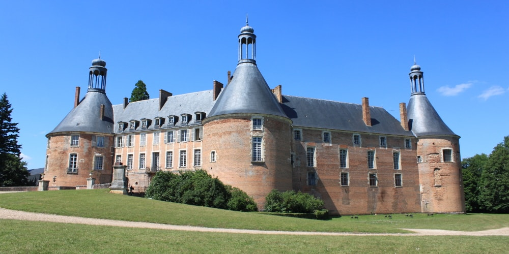 castle of saint-fargeau