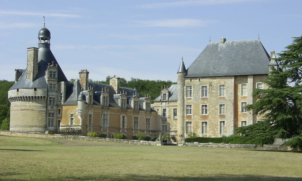 castle of touffou