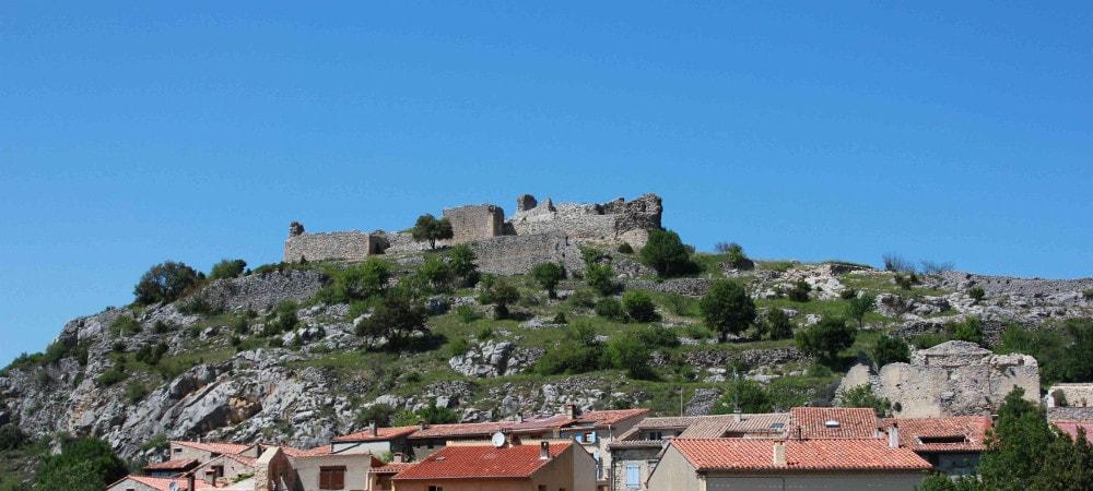 castle vicomtal saint-pierre de fenouillet