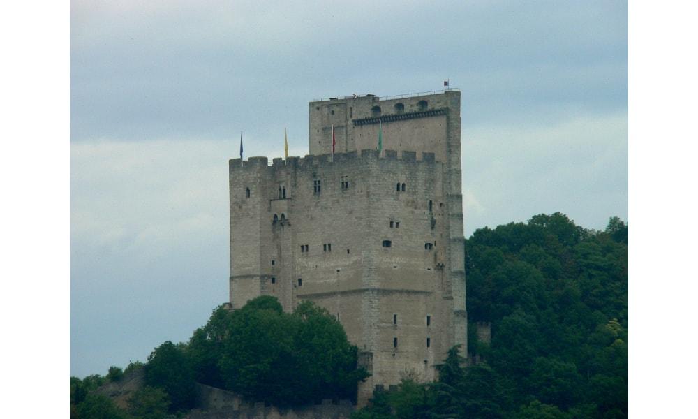 crest tower