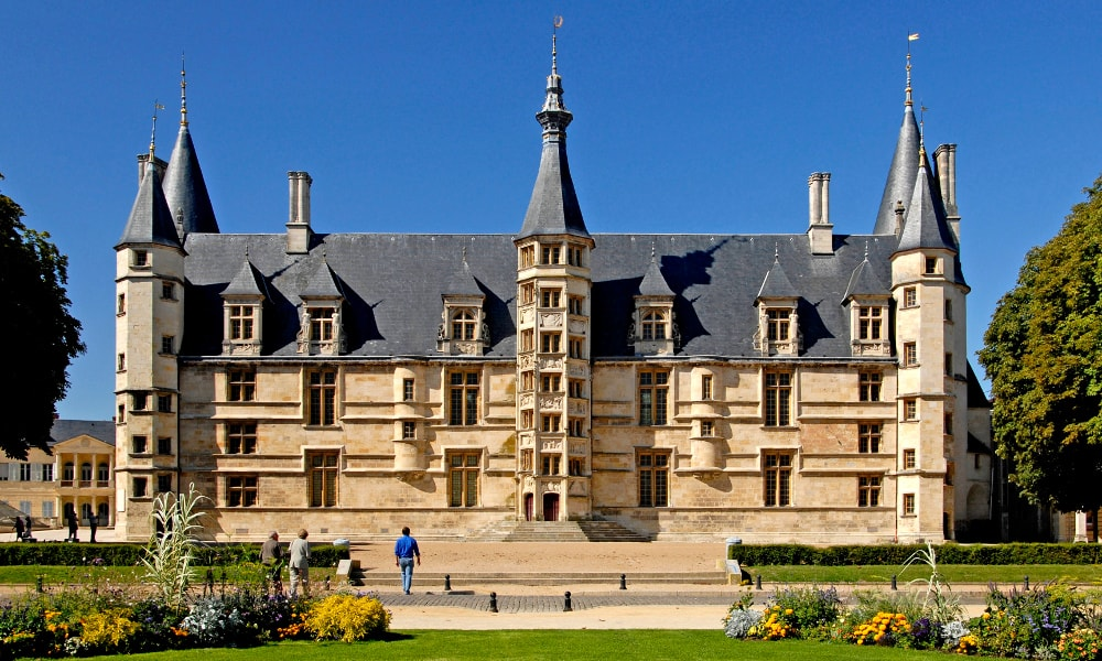 ducal palace of nevers
