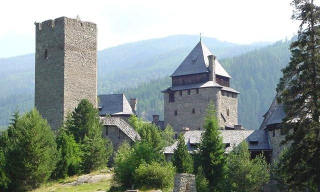 finstergrun castle
