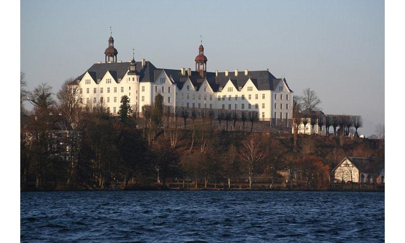 plon castle