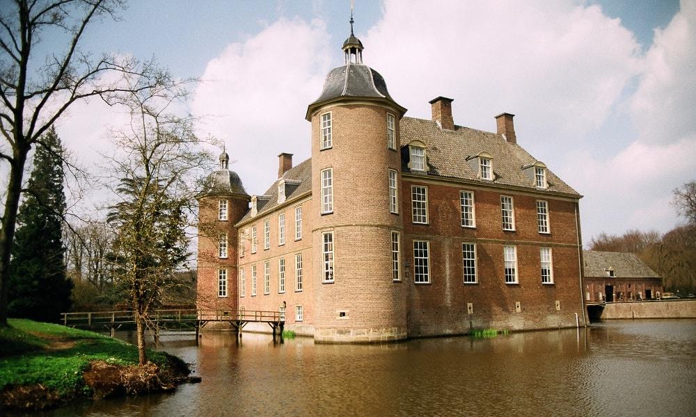 slangenburg castle