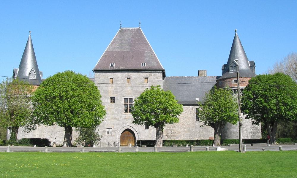 solre-sur-sambre castle