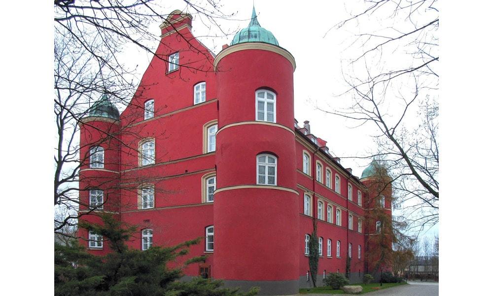 spyker castle