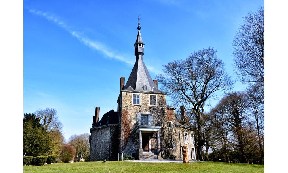 waroux castle