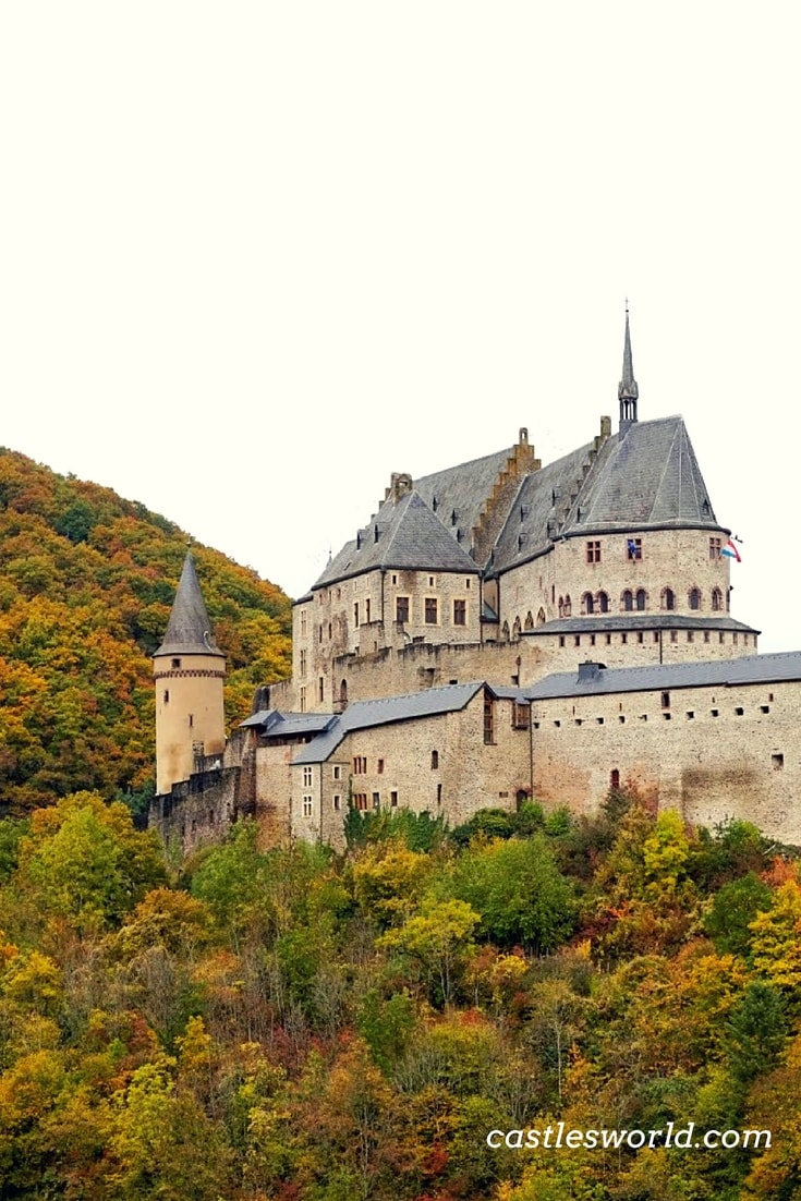 Vianden Castle was constructed between the 11th and 14th centuries on the foundations of a Roman castellum. It fell into ruin in the 19th century until the family of the Grand Duke of Luxembourg transferred it to State ownership in 1977. Since restored to its former glory, the castle now ranks as a monument of not only regional but European importance.